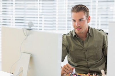 How to Present Yourself Accurately During a Video Interview