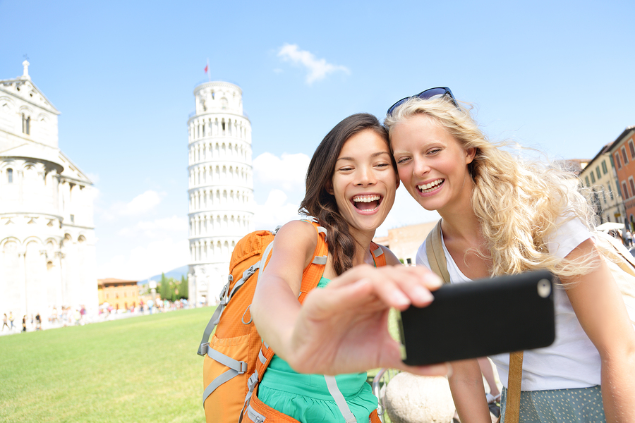 3 Reasons for Recent Graduates to Consider a Travel Gap Year