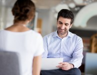 3 Ways a Hiring Manager Spots a Team Player in the Interview